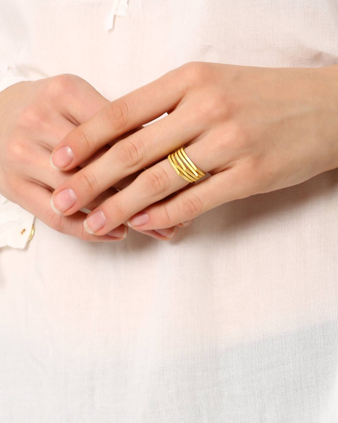 2 buying wedding jewellery - set of 5 gold-plated stackable rings