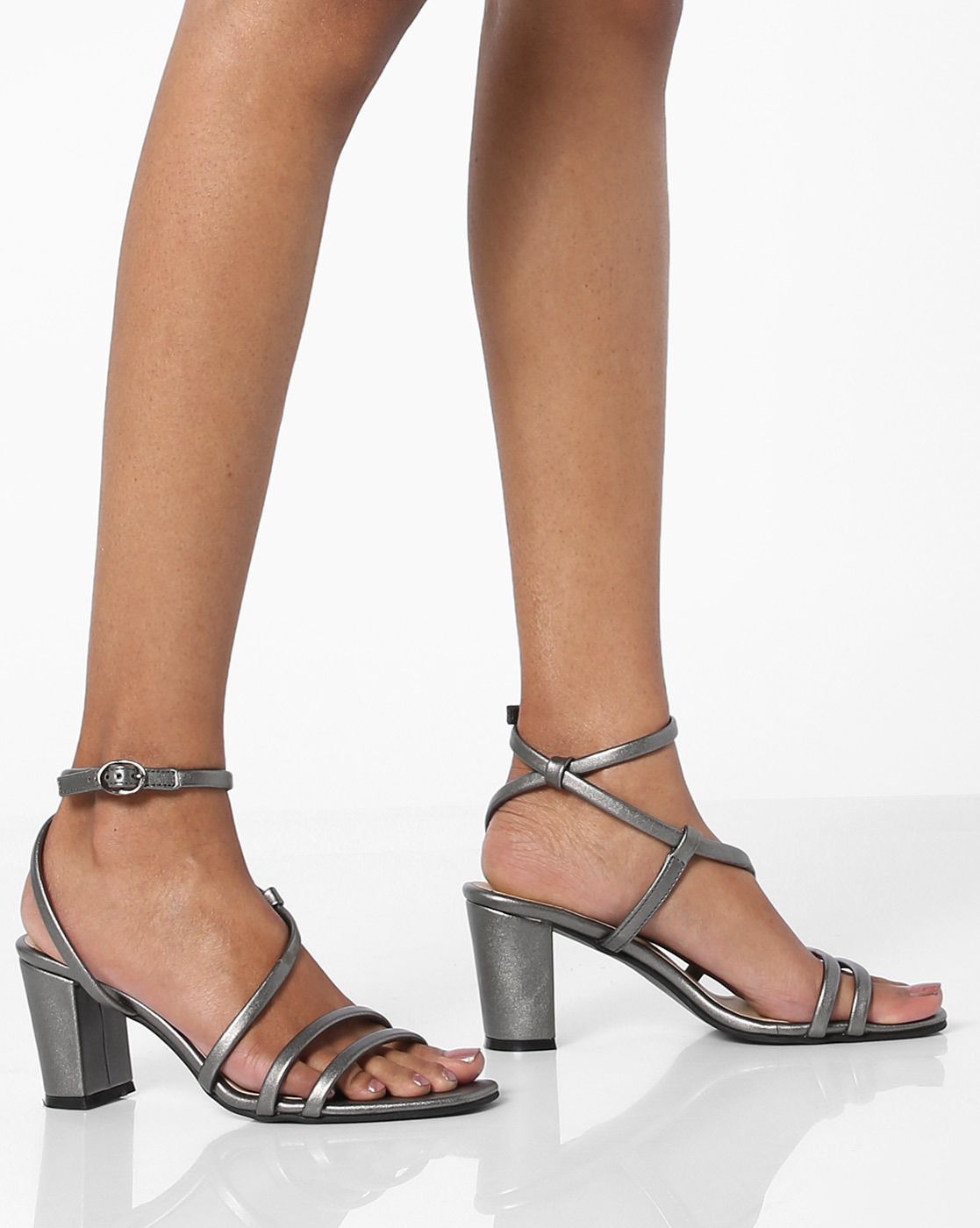 3 party - Multi-Strap Chunky Heels