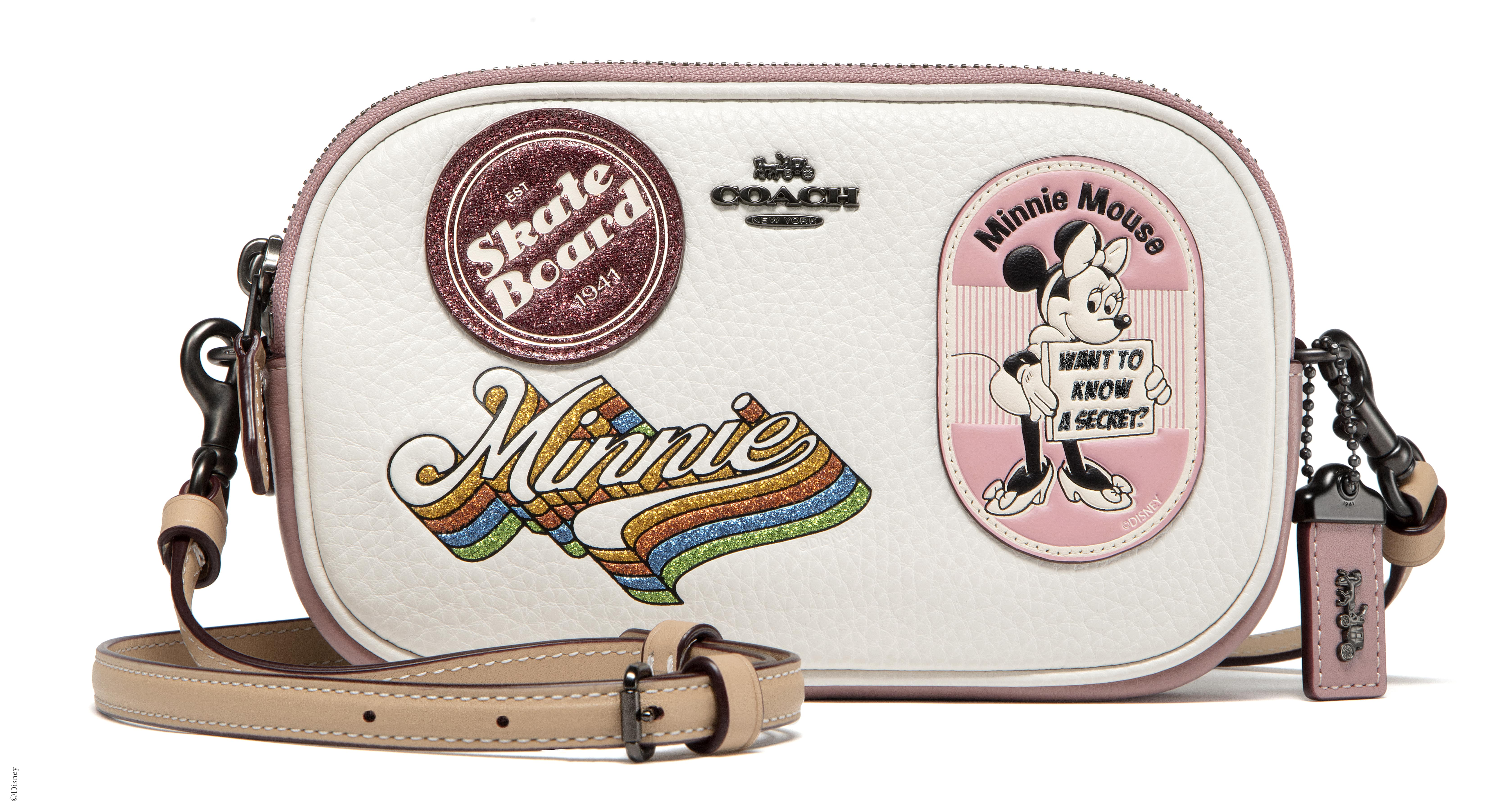 29346 Minnie Mouse Patches Crossbody Clutch-min
