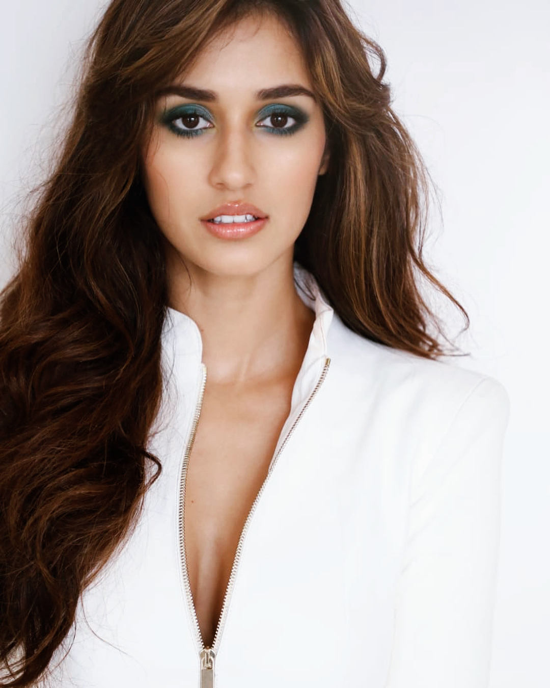 disha patani green smokey eye