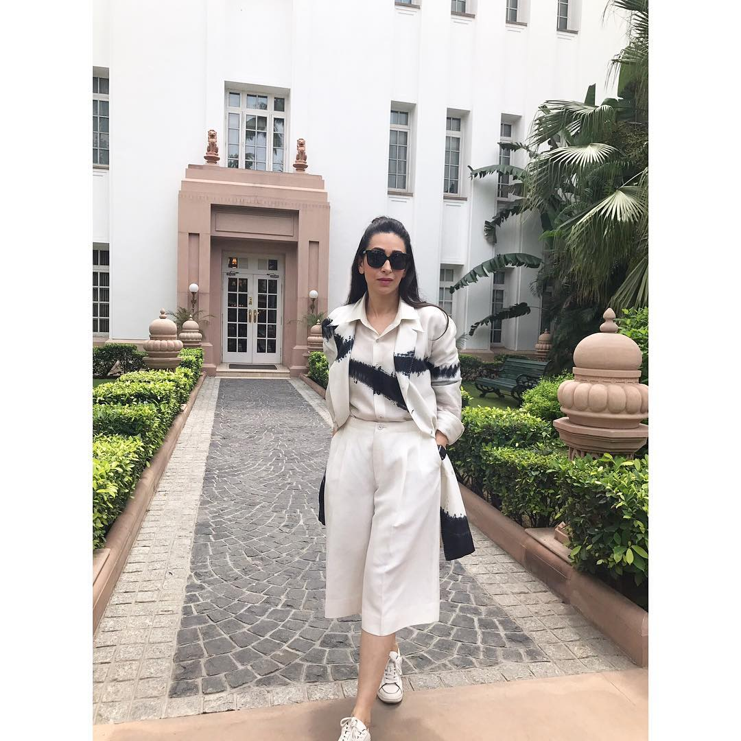 3 monsoon - karisma kapoor white cropped pantsuit