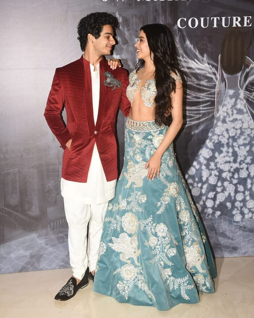 4 janhvi kapoor - with ishaan khatter