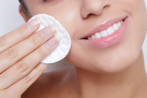 ways-to-remove-makeup-from-skin