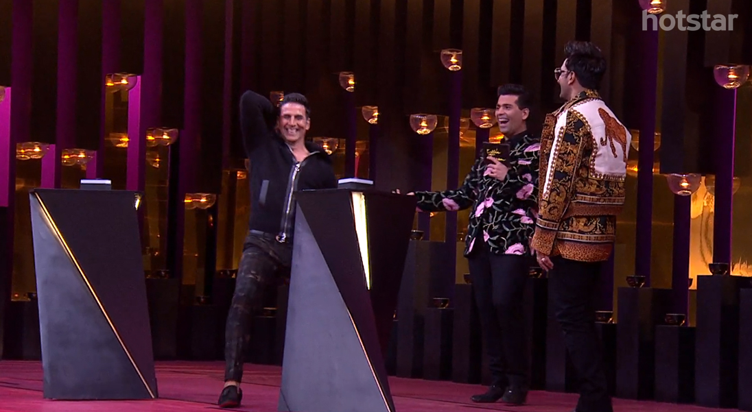 Koffee With Karan Akshay And Ranveer Playing A Game
