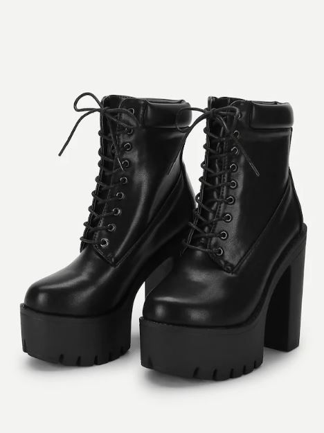 10-types-of-boots-Lace-Up-Platform-Boots