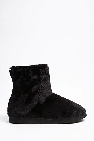 13-types-of-boots-Faux-Fur-Boots