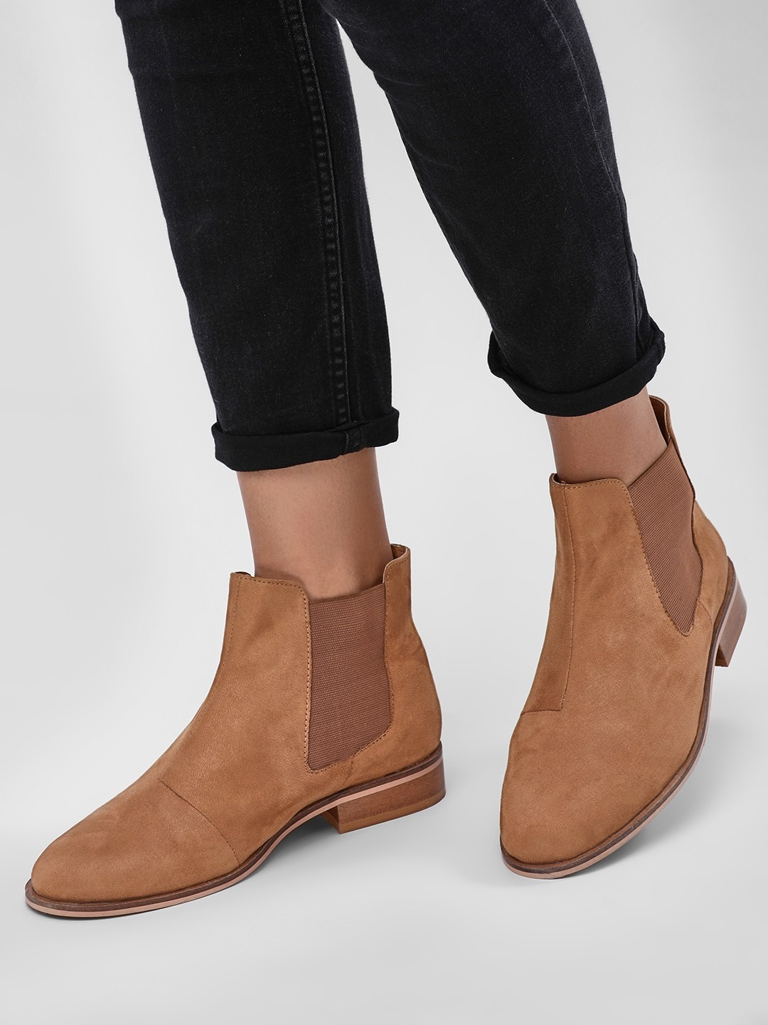 17-types-of-boots-Chelsea-Boots