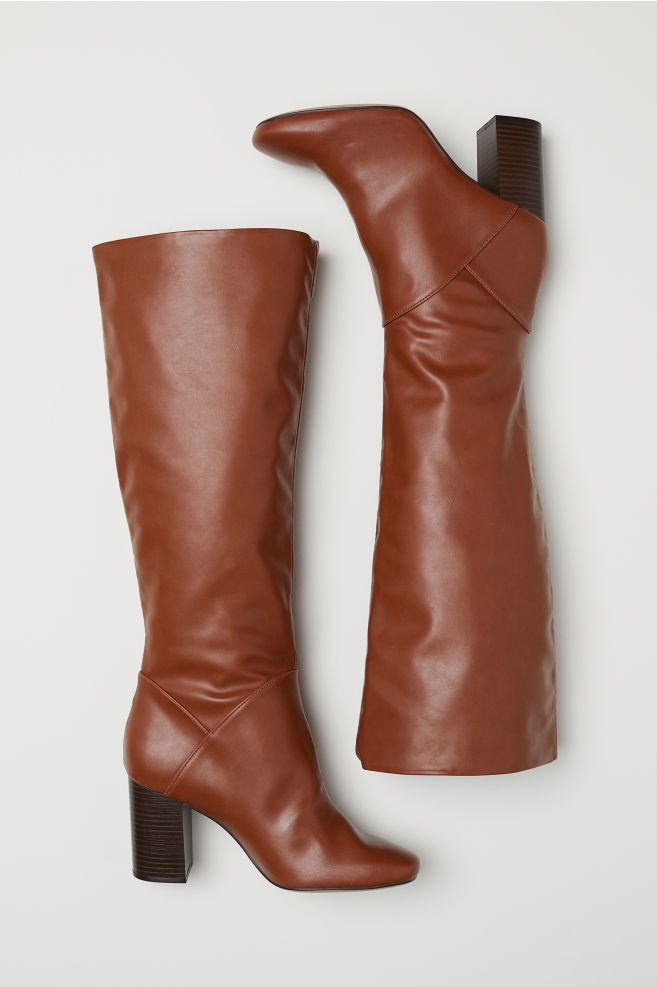 8-types-of-boots-Knee-high-Boots
