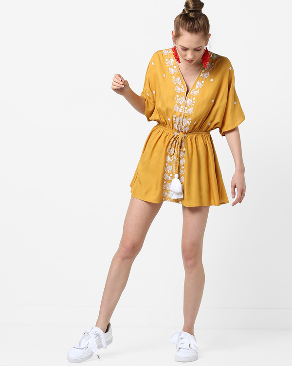 5-honeymoon-dresses-Embroidered-A-line-Dress-with-Tassel-Tie-Up