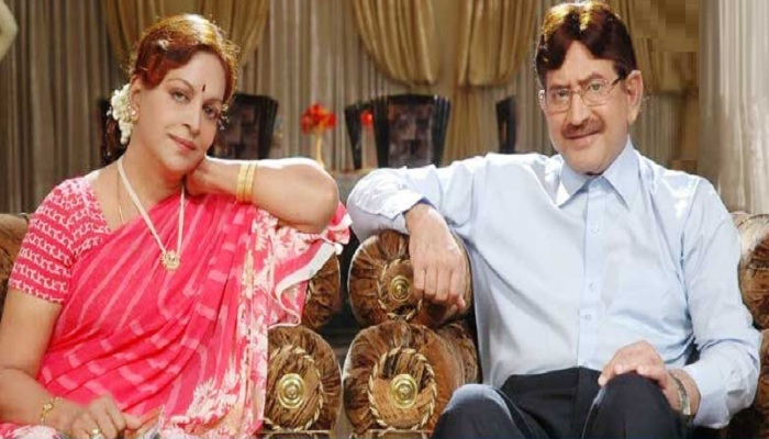 Tollywood-couple-krishna-and-vijayanirmala