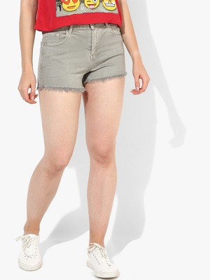 hot-pants-how-to-look-sexy