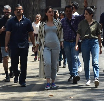 kareena with baby bump
