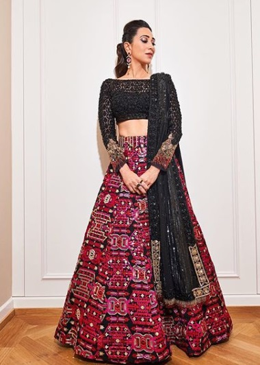 8-lehengas-bollywood