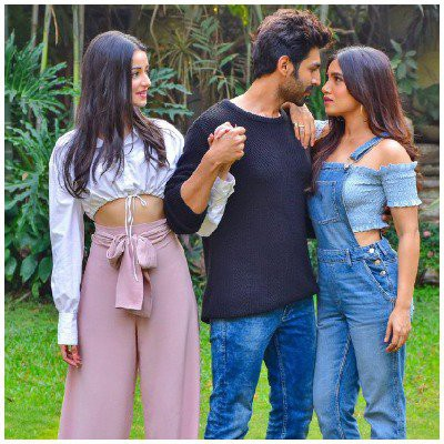 kartik-aryan-in-a-new-look-for-pati-patni-aur-woh-2