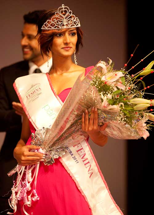 TV Actress in Beauty Contest- Erica