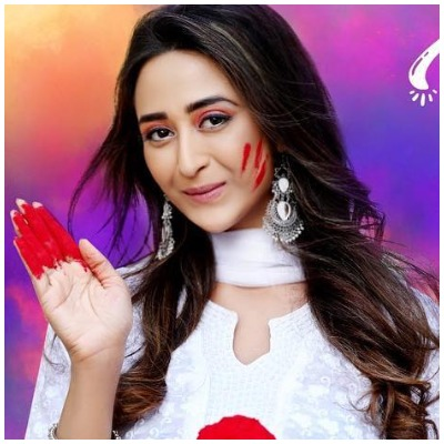 kasautii-zindagii-kay-anurag-gets-to-know-about-prerna-s-pregnancy-in-holi-sequence-3