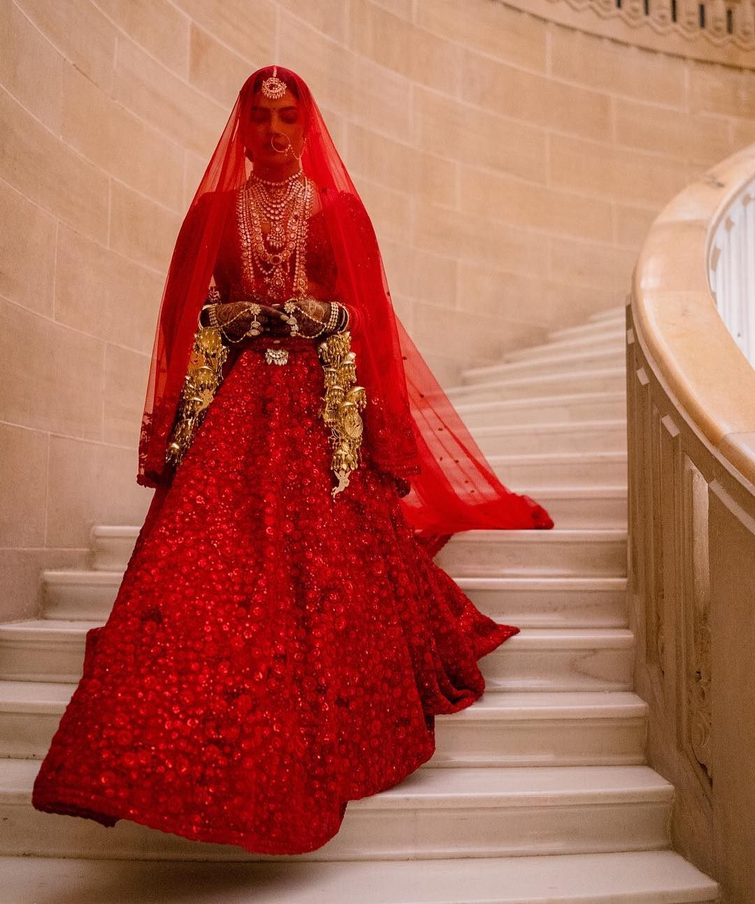 4-sabyasachi-on-sale-priyanka-chopra-wedding-lehenga