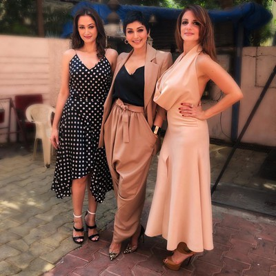 sonali bendre after cancer stunning look see photos %281%29