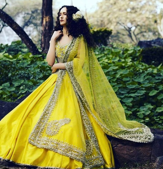3-boutiques-in-delhi-for-bridal-wear