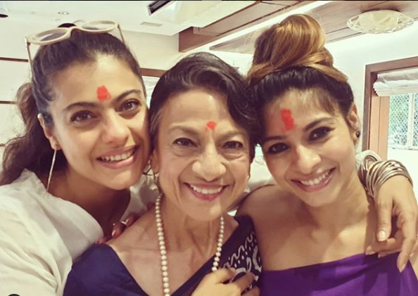 Kajol's mother Tanuja Admitted in Hospital1