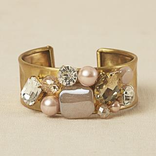 trendy statement accessories 4 (Copy)
