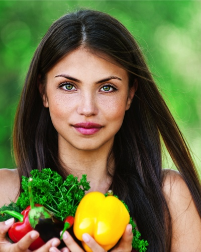 #RealGirlBeauty: 7 Superfoods For Healthy, Shinier Hair
