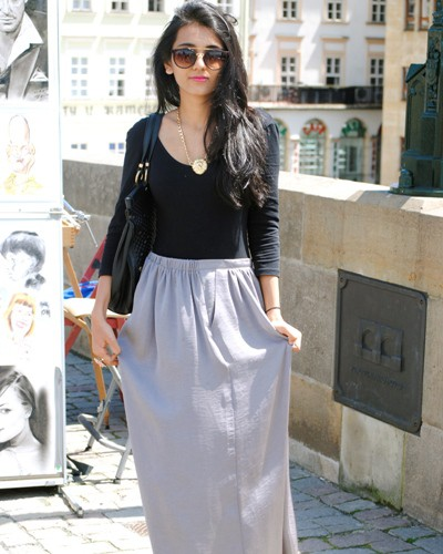 How to Rock a Maxi Skirt Like a Cover Girl