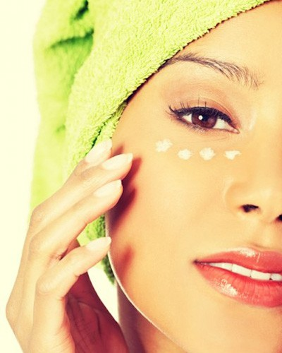 A Comprehensive Guide to Skincare in Your 20s, 30s and 40s