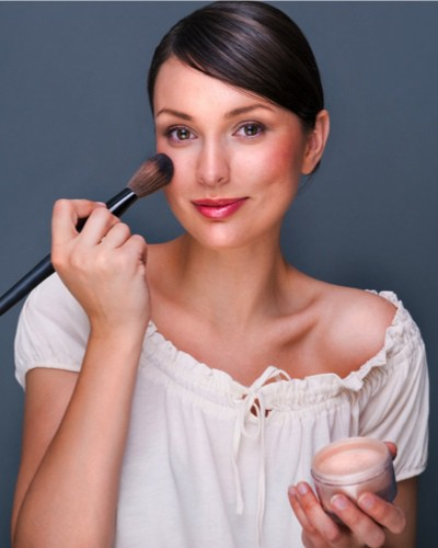 Sensitive Skin? These Are the Best Makeup Products for You!