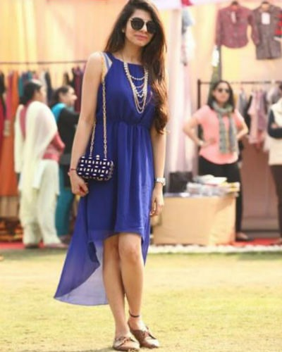 Lady in Blue: Shreya Budhiraja at JOFW
