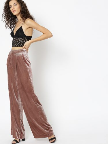9-what-to-wear-on-first-date-high-waisted-pants-for-Dinner-Date