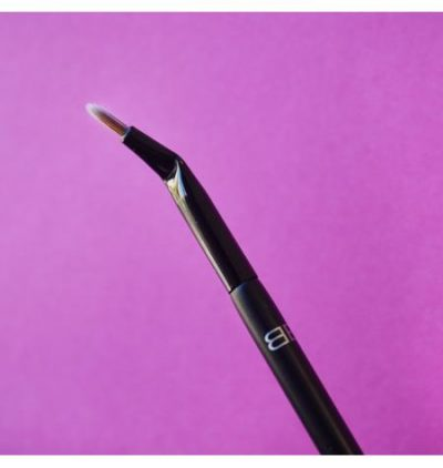 Eye Liner Brush-beauty-101-a-super-simple-guide-to-makeup-brushes