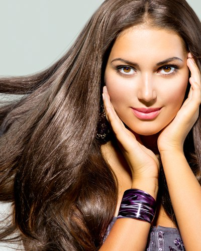 20 Simple Yet Life-Changing Tips For Healthier, Shinier Hair