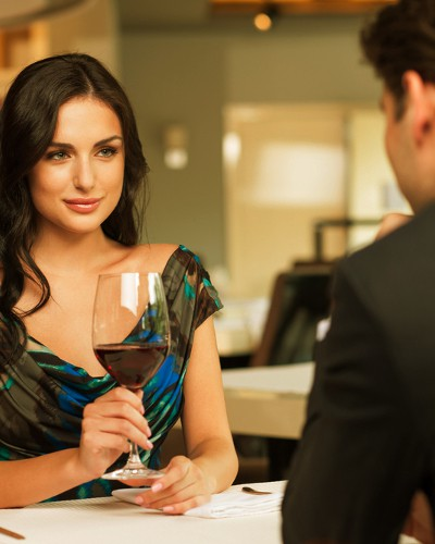 20 Things We Want To Ask On A Date, But Are Kind Of Shy!
