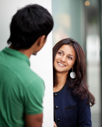 8 Things Guys Notice When They Meet A Girl For The FIRST Time