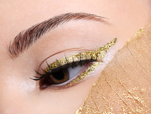 How To Wear Colored Eyeliner