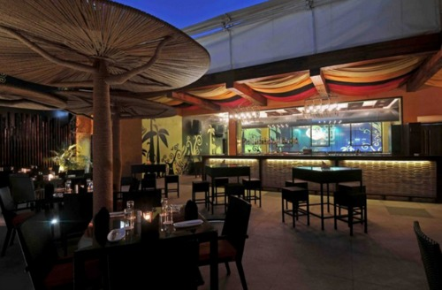 where to go for a date in Bandra