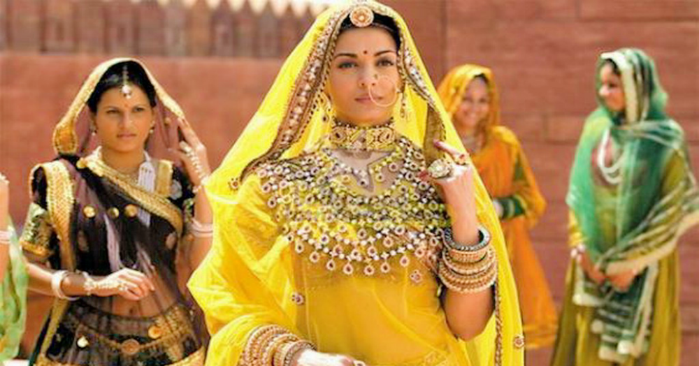 Get The Royal 'Jodha Akbar' Look With This Stunning Jewellery!
