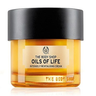 The-Body-Shop-Oils-Of-Life-Intensely-Revitalizing-oil-benefits-of-facial-oil