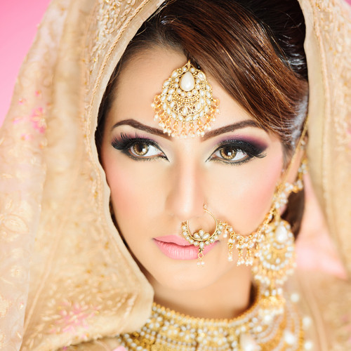 makeup looks for different wedding functions