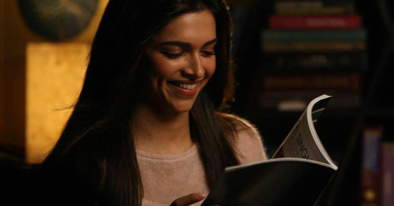 7 Best Love Story Books To Get Your Hands On (Even If You Don't Love Reading!)