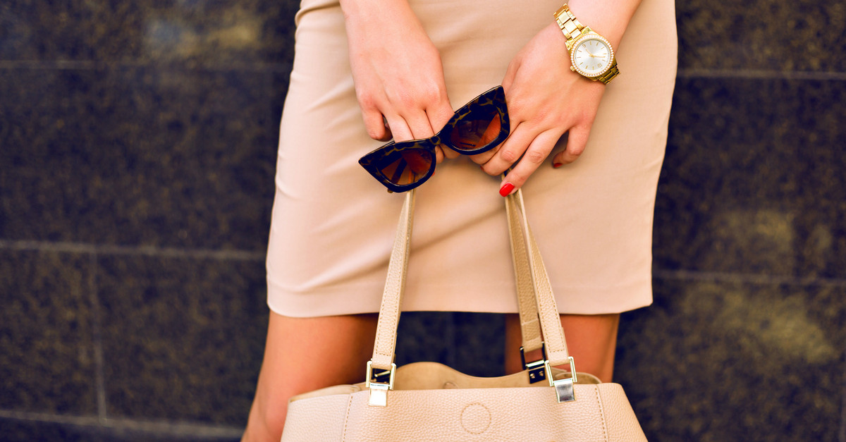 7 Classic Fashion Pieces To Invest In By The Time You're 25!