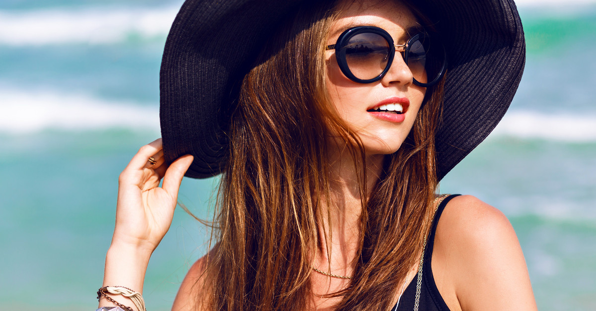 6 Essential Tips For Gorgeous Hair Even In This Summer Heat!