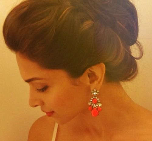 2 a deepika padukone hairstyles for every wedding function