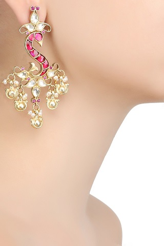 6 gold plated earrings
