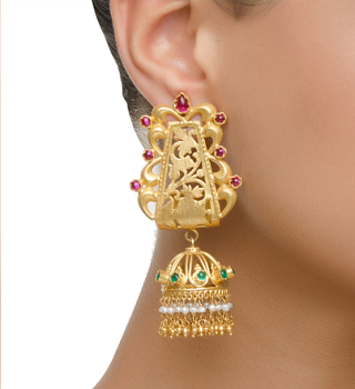 8 gold plated earrings