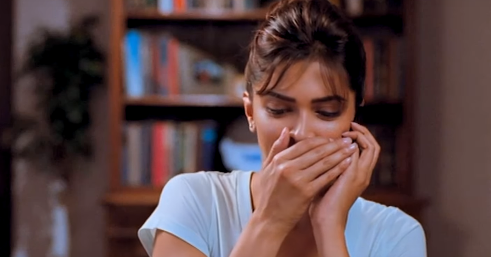 15 GIFs That *Perfectly* Describe A Long Distance Relationship!