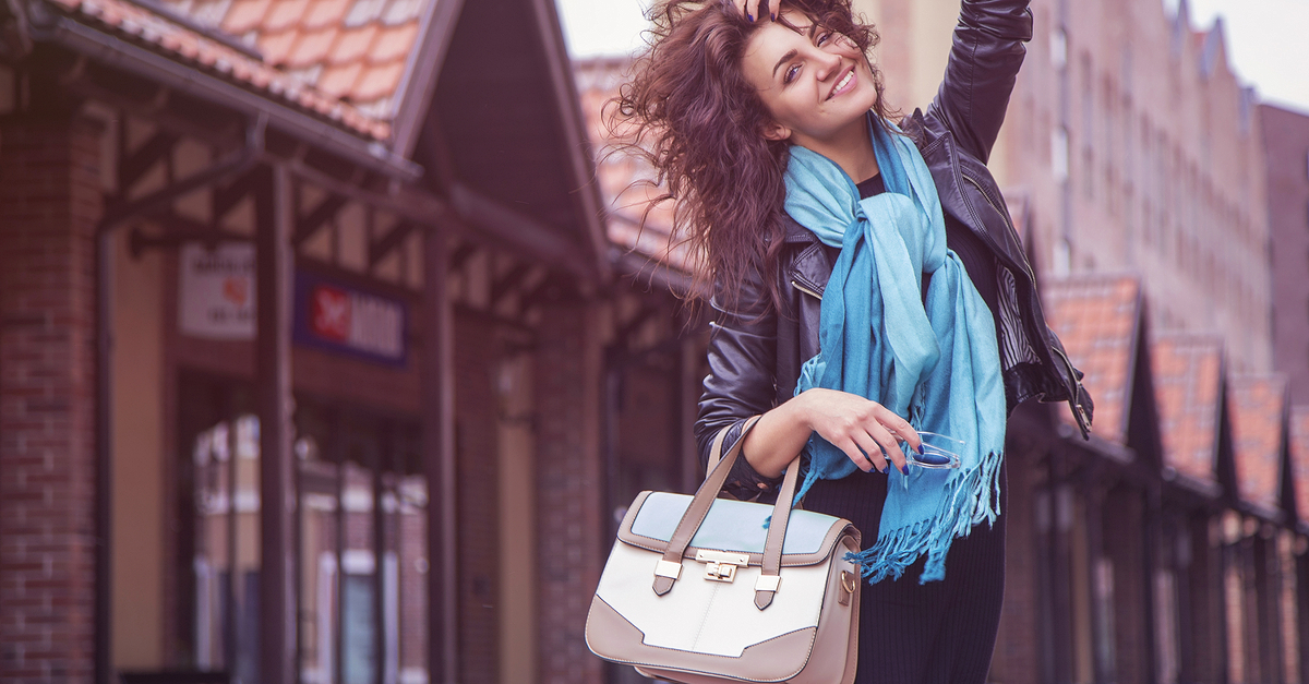 9 AMAZING (And Affordable!) Bags That Look Like Real Leather!