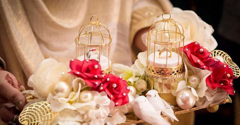 How To Make Your Wedding Look Magical... Using Bird Cages!