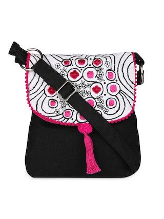 10 traditional printed bags